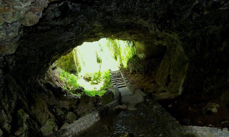 musanze-caves
